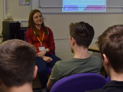 Women's Professional Footballer Sophie Baggaley pays a visit to Grantham College