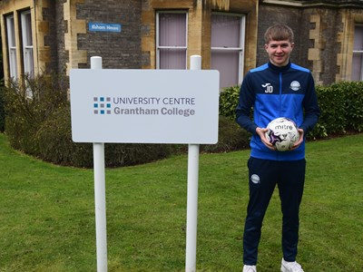 Grantham College football player given trial for League One club